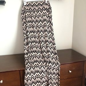 Tan and black chevron maxi skirt